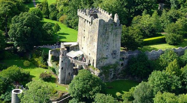 Cork City and County Tourism Guide, Hotels B&B things to do