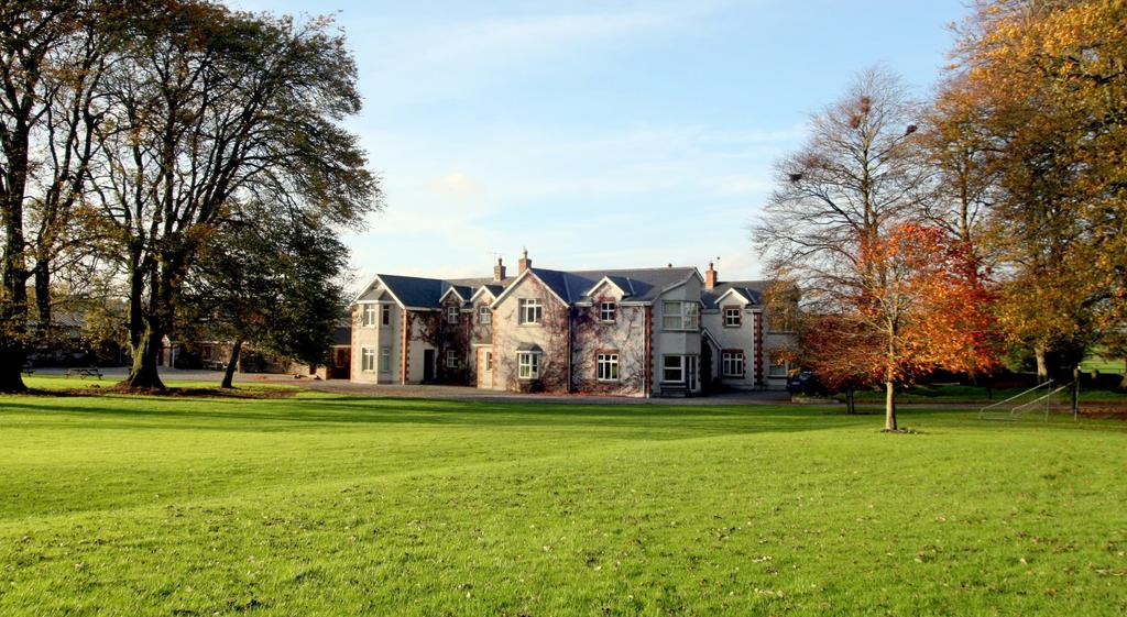 Coolanowle Country House Laois B&B