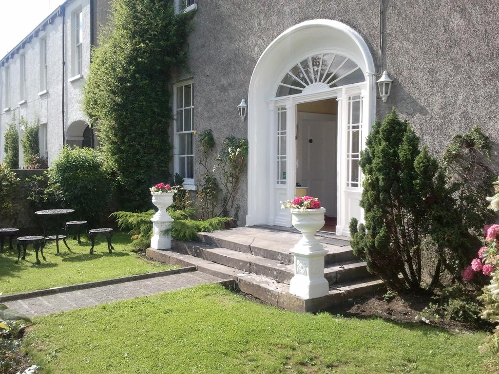 The Stables Townhouse B&B and Restaurant Offaly